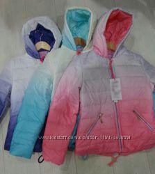 Лёгкая весенняя курточка на девочку
