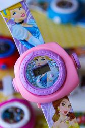Детские наручные часы с проектором