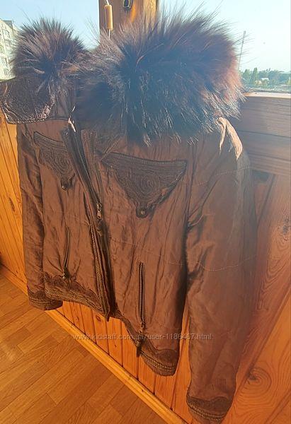 Продам короткую утепленную куртку