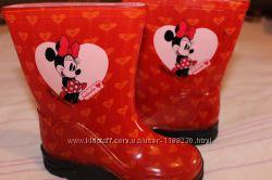 Красивые резиновые сапожки Disney