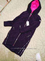 новая очень теплая куртка розмер S