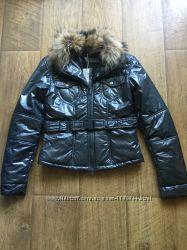 Стильная демисезонная куртка Sasch
