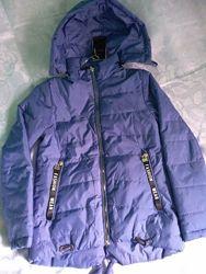 Демисезонная куртка для девочки на рост 140