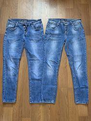 Две пары джинсов 30 р
