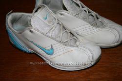 кроссовки Nike оригинал кожа р. 37