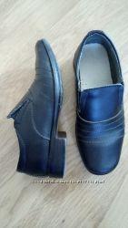 Школьные туфли черные
