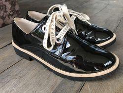 Лакированные туфли zara в школу