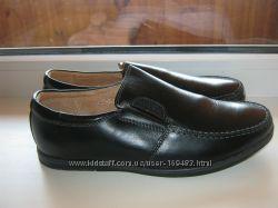 Стильные кожаные туфли-мокасины kangfu