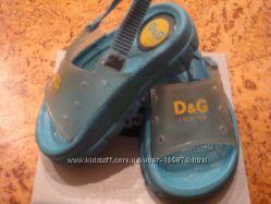 Резиновые шлепки босоножки сандали Dolce gabbana D&G junior