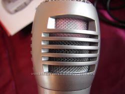 Вокальный проводной микрофон для караоке. Отличный вариант за малые деньги