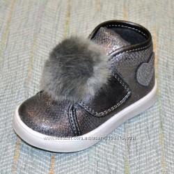 Демисезонные ботиночки с помпоном, р 21-27
