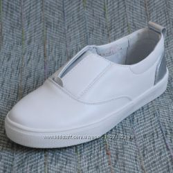 Белые кожаные слипоны Palaris р 31-35