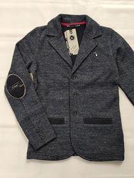 Трикотажный пиджак на мальчиков 134 роста