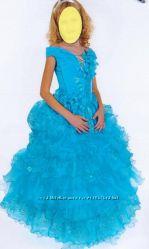 платье нарядное праздничное