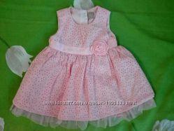 Очень красивое, нежное платьице для маленькой принцесски 3-6 месяцев