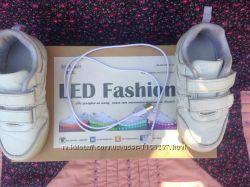 Кроссовки LED