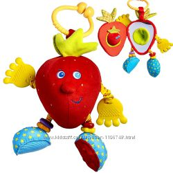 Детская игрушка-подвеска КлубничкаTiny Love