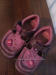 Туфли кожаные Clarks 22 р 13, 5 см. туфельки босоножки