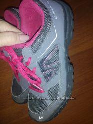 Кроссовки Quechua 33 р 21 cм Идеальное состояние