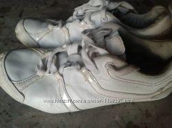 Кроссовки  белые 35р-22 см