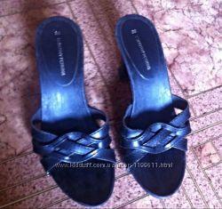 Шлепки, босоножки, каблуки 37- 38 размер