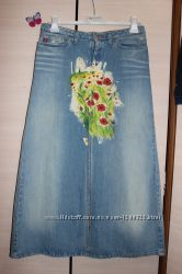 Супер стильная джинсовая юбка с роспорками и принтом весна-лето 2017 miss s