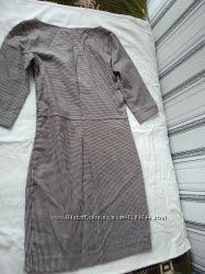 красивое женское платье42-44р