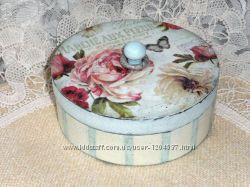 Шкатулка в винтажном стиле с розами, ручная работа