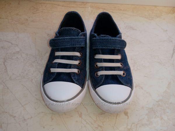 продаються кросовки кеди C&A