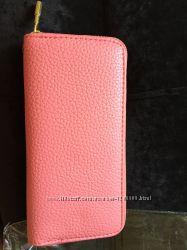 Розовый кошелёк под ровную купюру