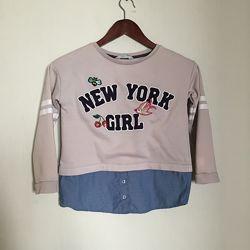 Свитшот с нашивками и имитацией рубашки