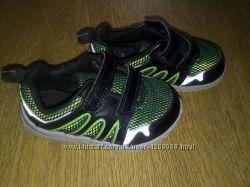Кожаные кроссовки Clarks 13, 5 см, р. 4, 5 F