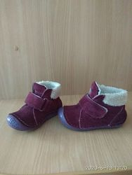 Демисезонные замшевые детские ботинки 13,5 см