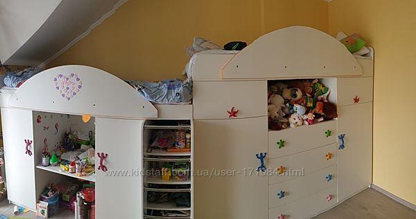 Детская кровать для двоих  кровати  шкафы  стол