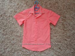 Продам рубашку на мальчика 7 лет.