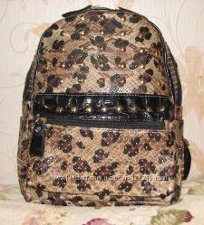 Шикарный женский рюкзак. В наличии