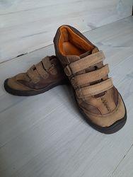 Класснючие туфли Clarks
