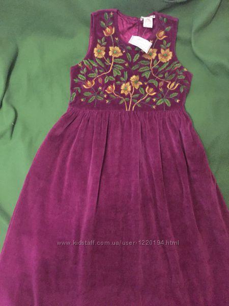 Нарядное платье с вышивкой 9-10 лет