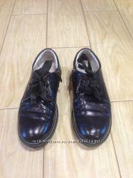 Школьные туфли Polaris