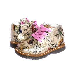 Ботинки детские демисезонные для девочки с супинатором и кожаной стелькой.