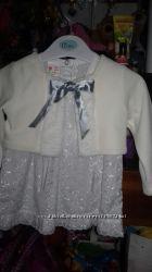 Нарядное беленькое платье 74 размер