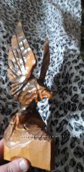 Фигура статуэтка Орла из дерева родом из  СССР
