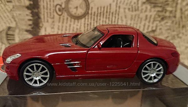 Инерционная машинка Mercedes-Benz