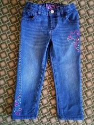 Джинсы скинии Children&acutes Place с вышивкой, размер 3Т