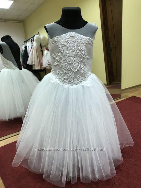 Дизайнерские платья на выпускной