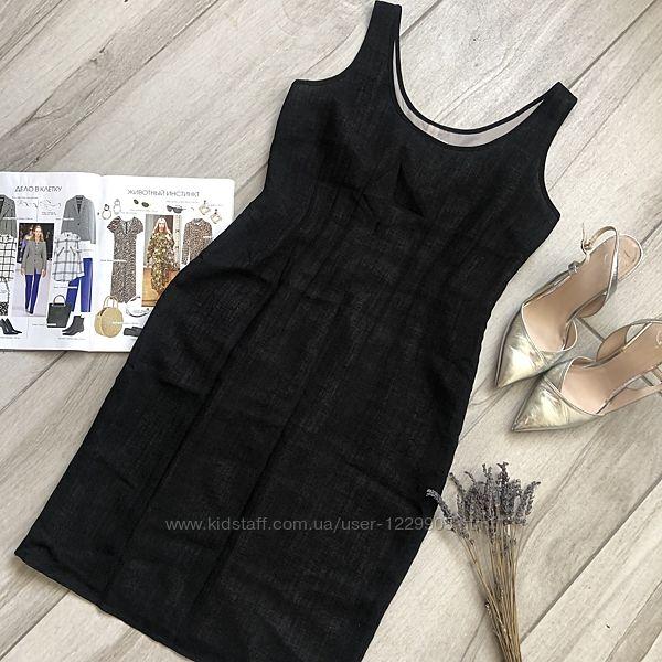 Чёрное льняное платье на бежевом чехле Next