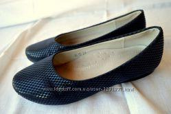 Туфлі святкові для дівчинки.