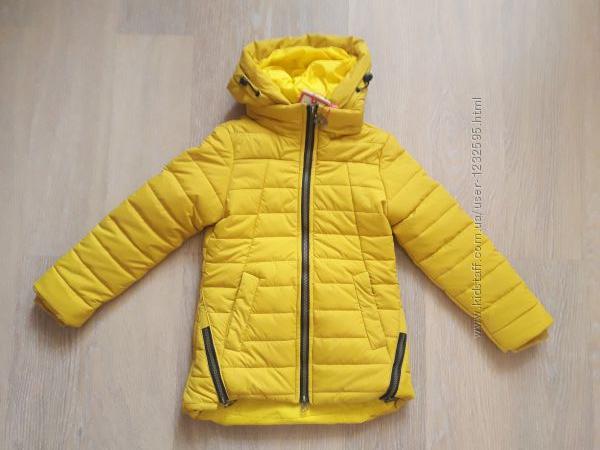 Демисезонная курточка на девочку в ассортименте