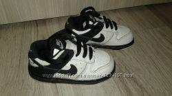 Кросівки Nike оригінал, розмір 21, 5