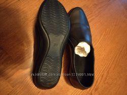 Туфли женские кожа 37 рази